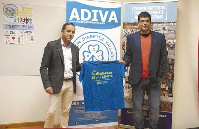 El vicepresidente de ADIVA, Javier García, junto con el concejal de Deportes en la Casa del Deporte del Ayuntamiento de Valladolid, Alberto Bustos.